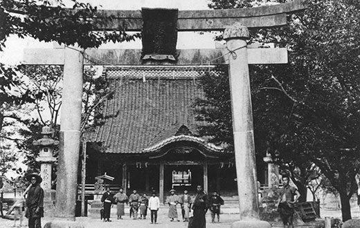 明示32年に焼失した拝殿